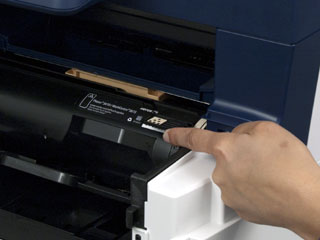 Finger Pointing to lock position on drum for Versalink B400
